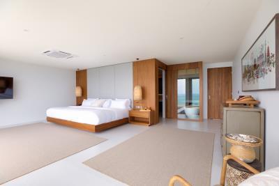 Luxury-Villa-Samui-Master-Bedroom