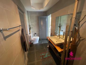 Samui-Property-Bathroom2