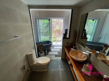 Samui-Property-Bathroom-1
