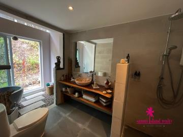 Samui-Property-Master-Bathroom