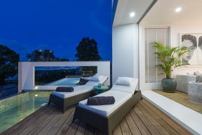 Koh-Samui-Villas-Pool-Deck