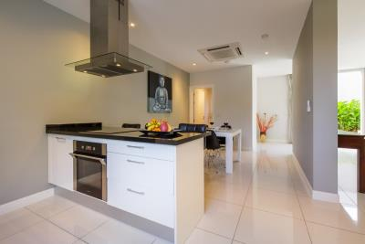 Samui-Freehold-Property-Kitchen