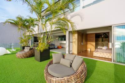 Samui-Sea-View-Property-Bedroom-Terrace