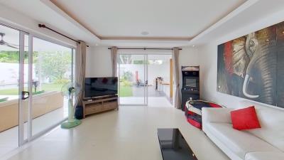 Chaweng-Noi-Pool-Villa-Living-Room