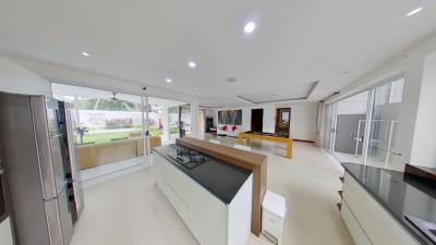 Chaweng-Noi-Pool-Villa-Open-Living