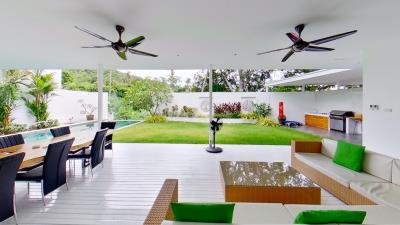 Chaweng-Noi-Pool-Villa-Outdoor-Living