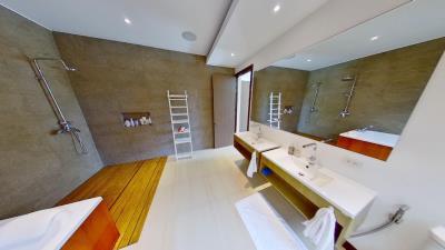 Chaweng-Noi-Pool-Villa-BAthroom-2