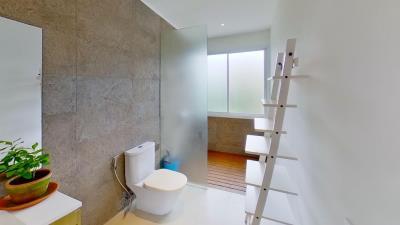 Chaweng-Noi-Pool-Villa-Shower