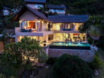 Chaweng-Sea-View-Villa-Exterior