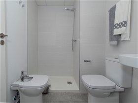 Image No.48-2 Bed Apartment for sale