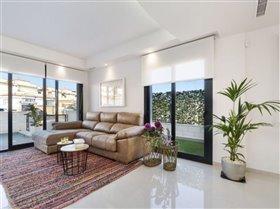 Image No.3-Villa / Détaché de 3 chambres à vendre à Orihuela Costa