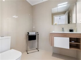 Image No.8-Villa / Détaché de 3 chambres à vendre à Orihuela Costa