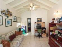 Image No.11-Villa de 2 chambres à vendre à Old Road