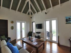 Image No.3-Maison / Villa de 5 chambres à vendre à Dickenson Bay