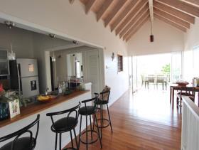 Image No.5-Maison / Villa de 5 chambres à vendre à Dickenson Bay
