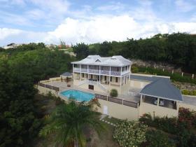 Image No.0-Maison / Villa de 5 chambres à vendre à Dickenson Bay