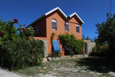 casa-capri-facade