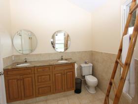 Image No.14-9 Bed Villa / Detached for sale