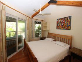 Image No.15-9 Bed Villa / Detached for sale