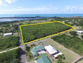 Image No.0-Terre à vendre à Dickenson Bay