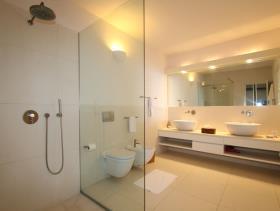 Image No.25-Villa / Détaché de 5 chambres à vendre à Galley Bay Heights