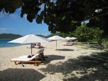 Hermitage-Bay-beach-3