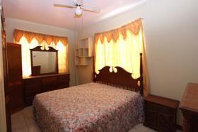 Image No.5-Commercial de 12 chambres à vendre à St Johns