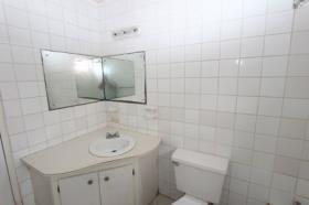 Image No.6-Commercial de 12 chambres à vendre à St Johns