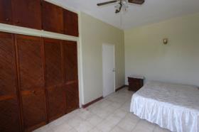 Image No.4-Commercial de 12 chambres à vendre à St Johns