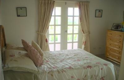 Oleander-Bedroom-3