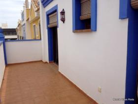 Image No.14-3 Bed House for sale