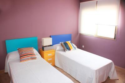 11-Guest-Bedroom