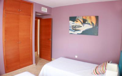 12-Guest-Bedroom