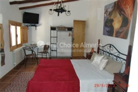 Image No.10-7 Bed Property for sale