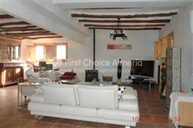 Image No.11-7 Bed Property for sale