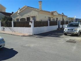 Image No.19-3 Bed Villa for sale