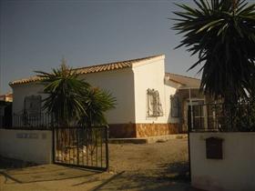 Urcal, Villa