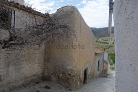 Oria, Village House