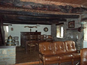 brittany-property-for-sale-M1744-2914710-02
