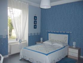 Image No.4-3 Bed Gite for sale