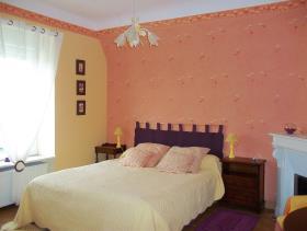 Image No.6-3 Bed Gite for sale