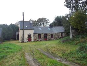 Scrignac, Country Property