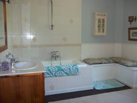 Image No.8-5 Bed Mansion for sale