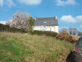 Landeleau, Country Property