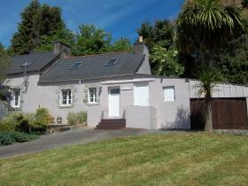 Poullaouen, Country Property