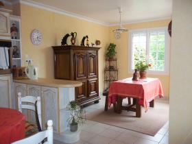 Image No.2-Maison / Villa de 4 chambres à vendre à Huelgoat