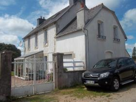La Feuillée, Village House