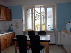 Image No.5-Maison de village de 5 chambres à vendre à Collorec