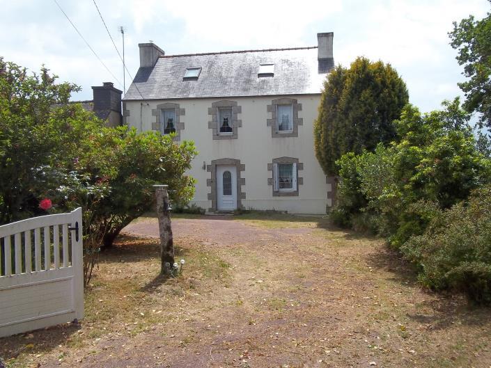 Brennilis, Country House>