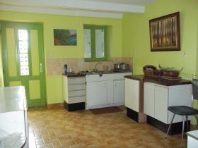 Image No.9-Propriété de pays de 4 chambres à vendre à Collorec